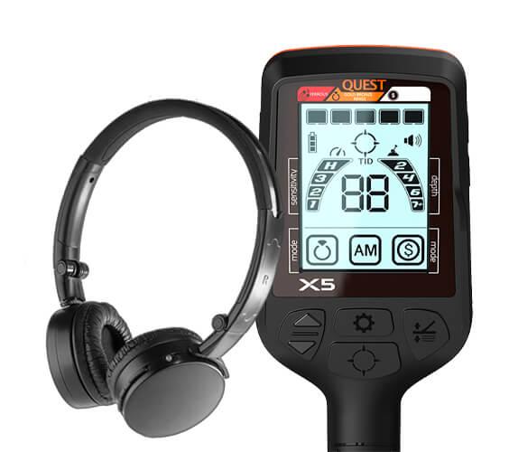 Pack Pro comprenant le détecteur de métaux Quest X5 et un casque sans fil